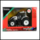 Britains - 1:32 Valtra T4 Tractor